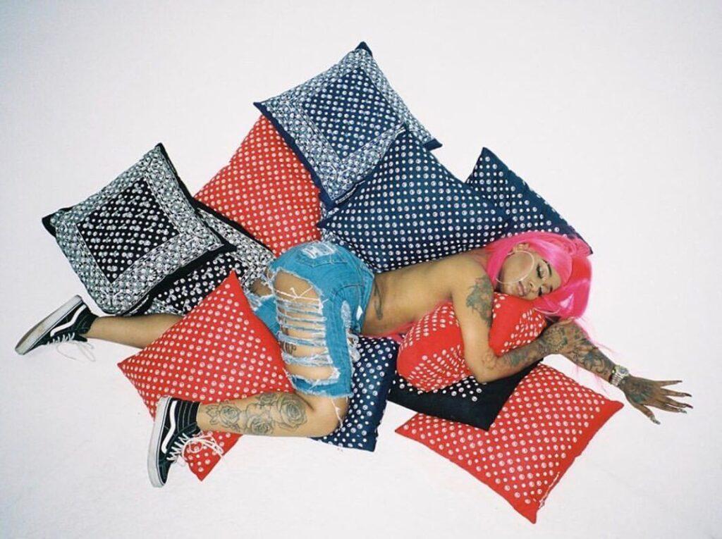 Pink // @originalfani// Photgoraphy x @highdeas